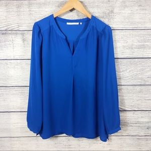Violet and Claire blue blouse Size Large